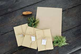 three-craft-envelopes-and-a-piece-of-craft-paper-p-GXS68FU